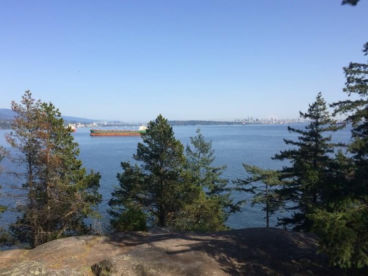 Vue sur Vancouver depuis Lighthouse Park