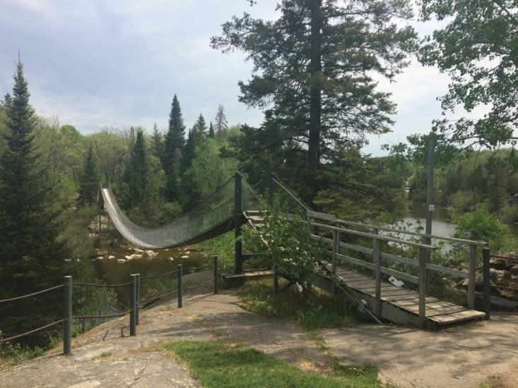 Pont suspendu de Pinawa