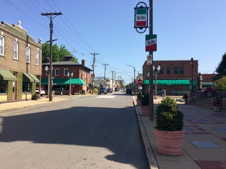 The Hill, Saint-Louis