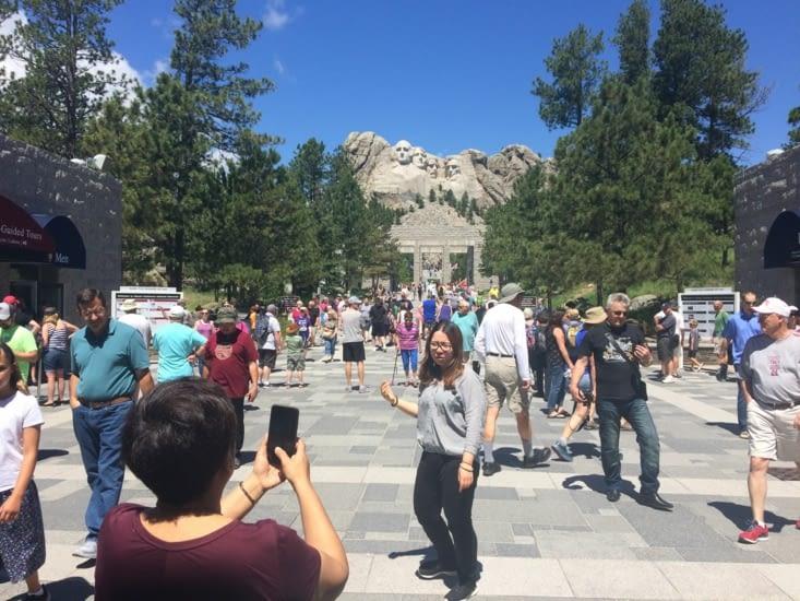 Les quelques visiteurs du Mont Rushmore