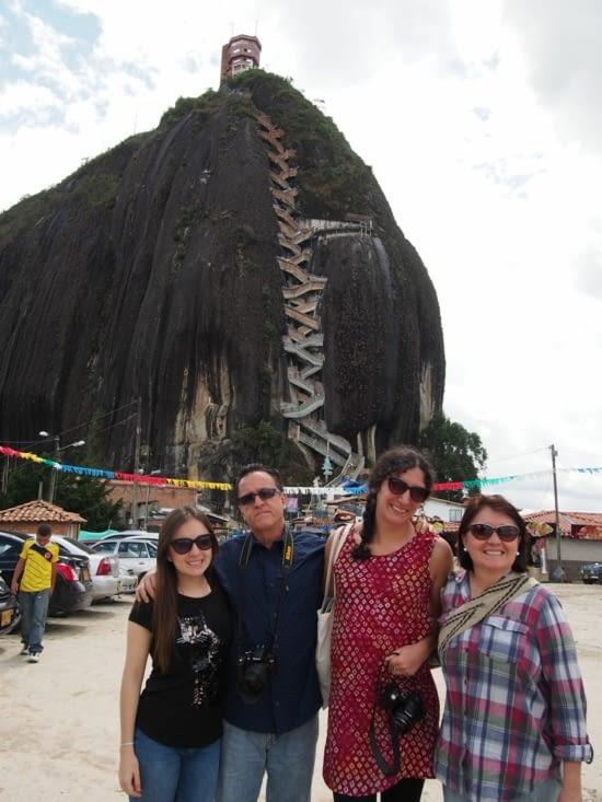 Justine et notre famille colombienne