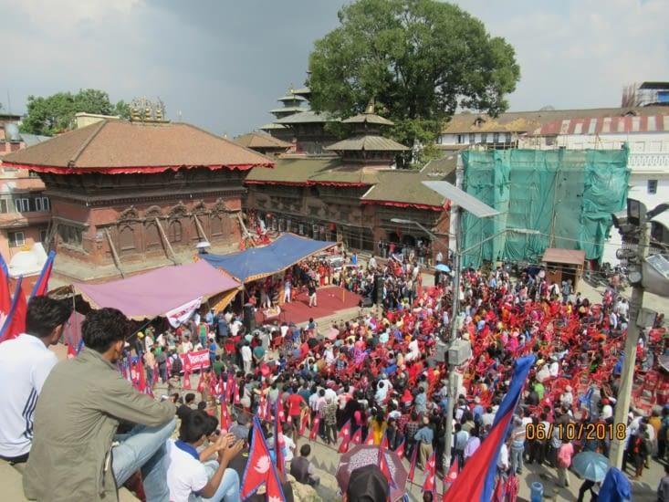 C'est jour de fête au Népal, et notamment à Durbar Square