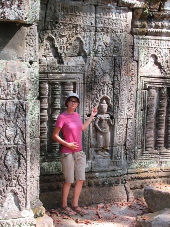 en plus le site est plutôt bien conservé, on joue encore une fois les danseuses Apsaras...