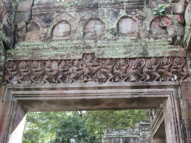 Les fameuse danseuses Apsara de Preah Khan, un de nos sites préférés d'Angkor