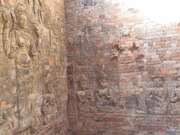 Prasat Kravan - premier temple du grand circuit, hindou, un des seuls dans le genre