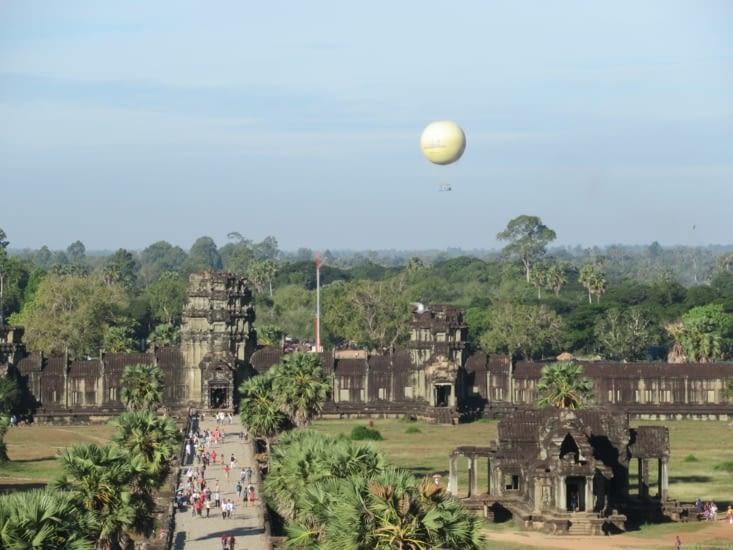 Vue depuis le sommet d'Angkor Vat, le sanctuaire central