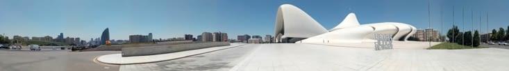 Bakou - Centre Heydar Aliyev par l'architecte Irakienne Zaha Hadid