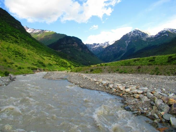 Rivière traversée peu avant l'arrivée à Zhabeshi