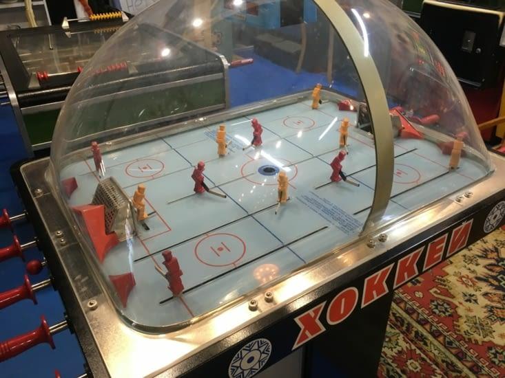 On a joué aux vieux jeux d'arcade de l'URSS...