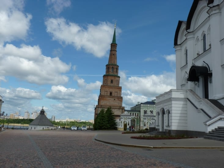 La tour de pise de Kazan