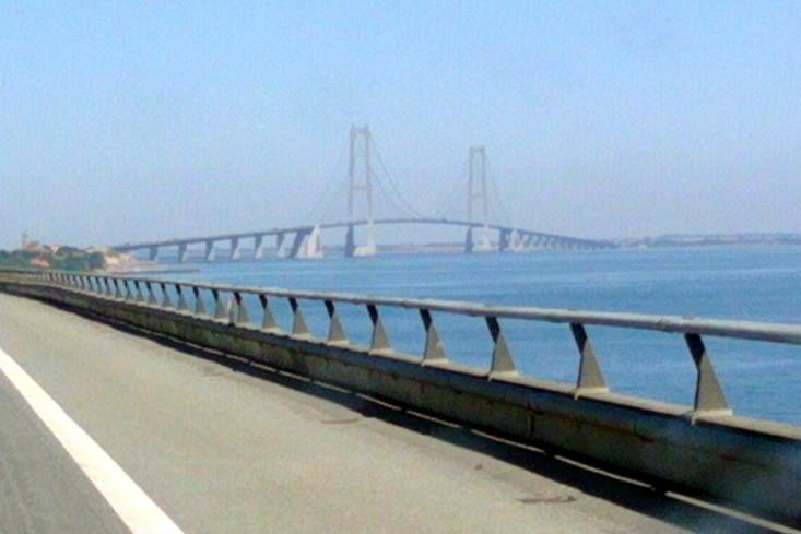 Oresund bridge between Denmark and Sweden : the world's longest bridge of its type.