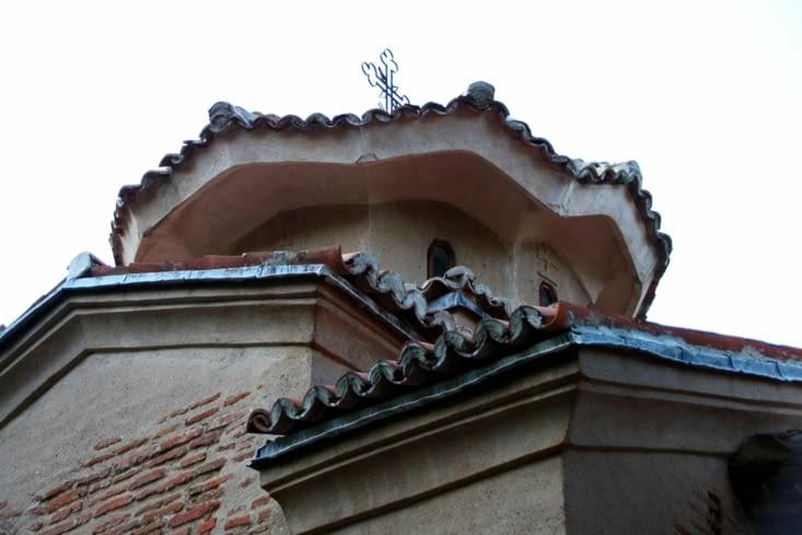 L'église de Boyana nous surprend par sa taille : Elle est minuscule !