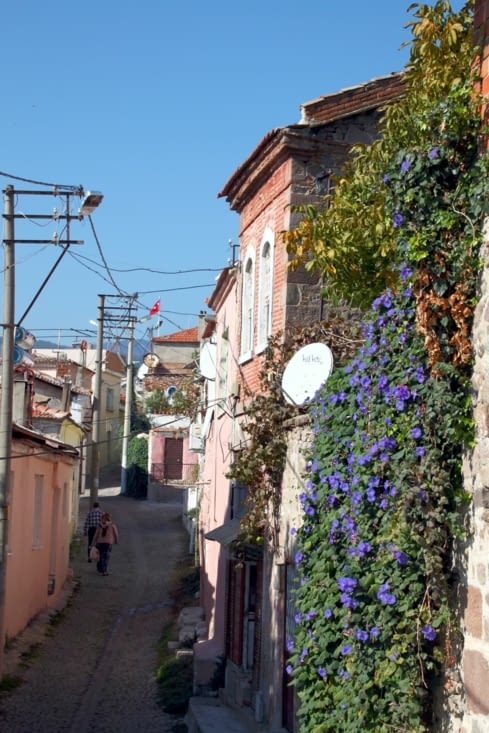 Les ruelles étroites de la basse ville de Bergama nous charment tout autant.