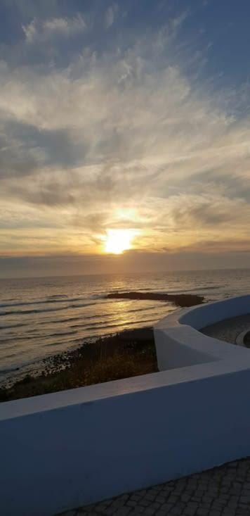 Coucher de soleil au dessus du restaurant CHOUPANA