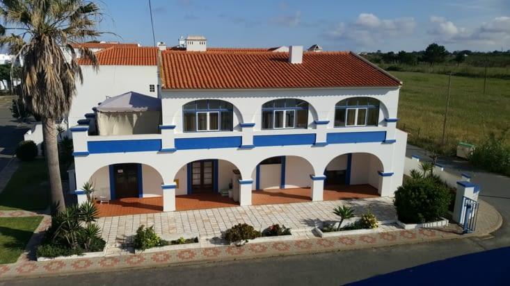 Hôtel EIRA DA PEDRA à VILA NOVA DE MILFONTES, trés bien , nuit à 44 € + 5€ ptt déj