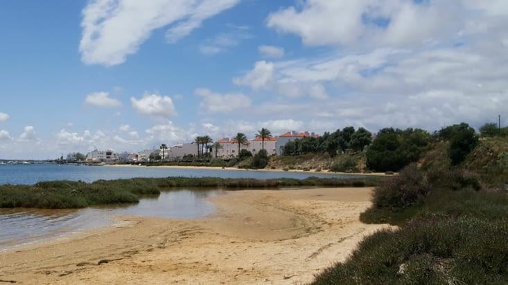 Prés de TAVIRA, Cabanas de Tavira, entre lagune et océan