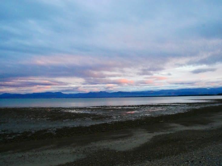 Vue de notre camping, l'île du Nord en face