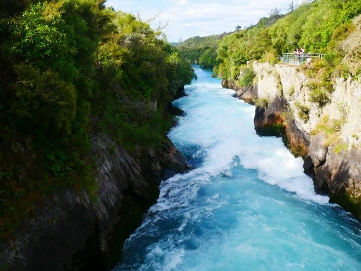 Sur la route après la randonnée : Huka falls