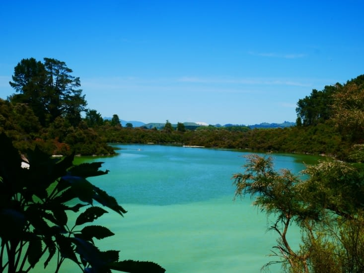 Petit lac posé
