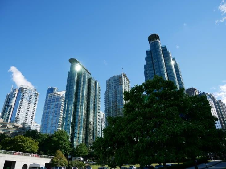 Vancouver résumé : building et verdure