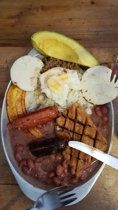 Bandejas, plat typique peu proteiné de Colombie