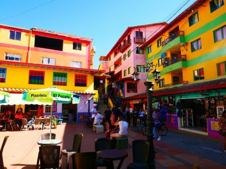 Dans les rues de Guatapé