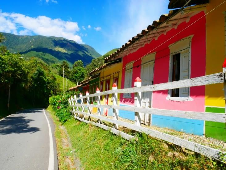 Maisonnettes colorées