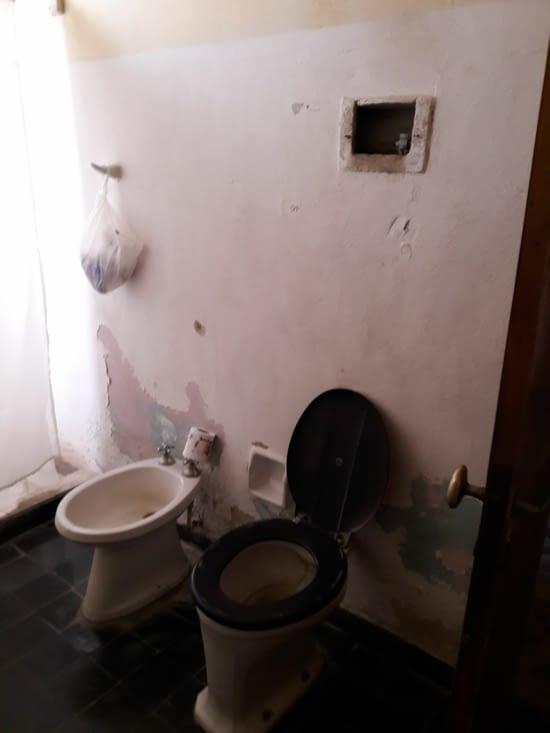 L'autre côté de la salle de bain