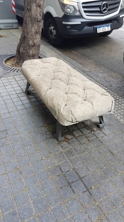 Canapé en pierre