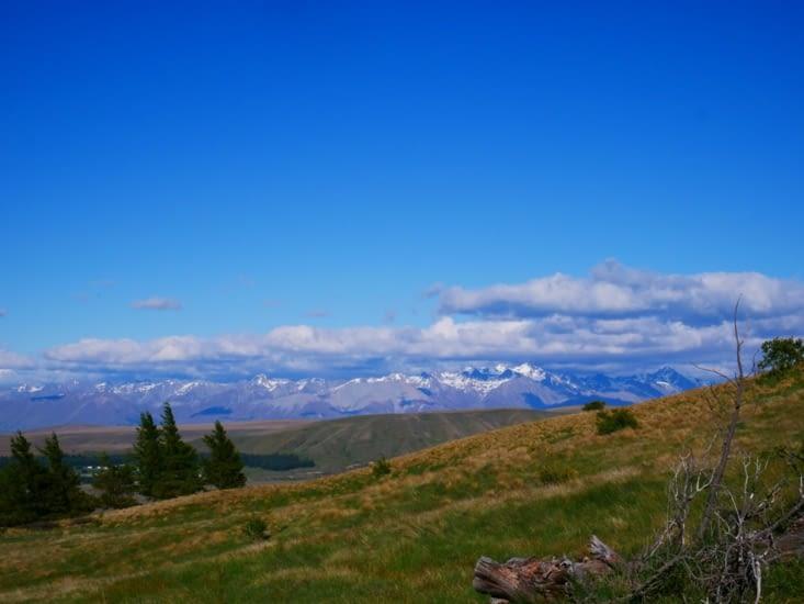 Nuages piégés sur les montagnes