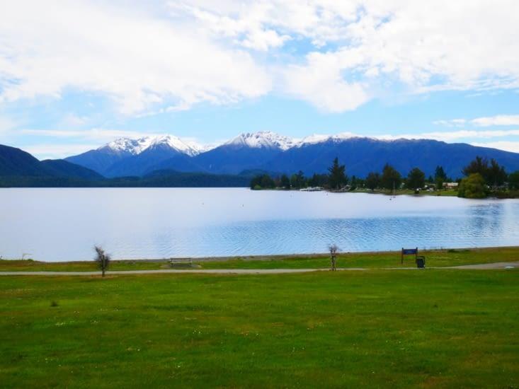 Bord du lac Te Anau