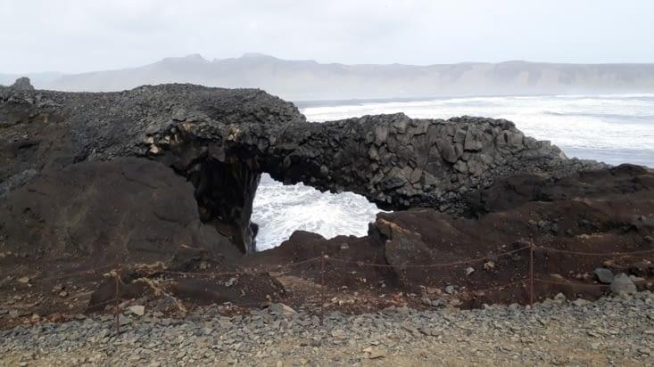 Arche basaltique Dyrholaey