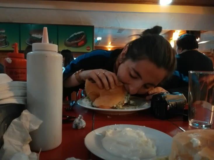 Susie, que penses-tu de ce burger... ?