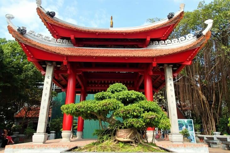 Temple de la Montagne de Jade construit au XVème siècle.