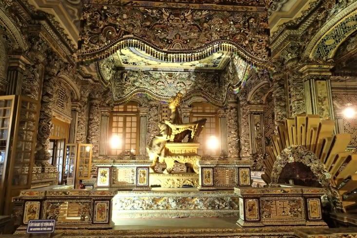 Salle du tombeau. La c'est du délire, festival de mosaïques dans tous les sens!