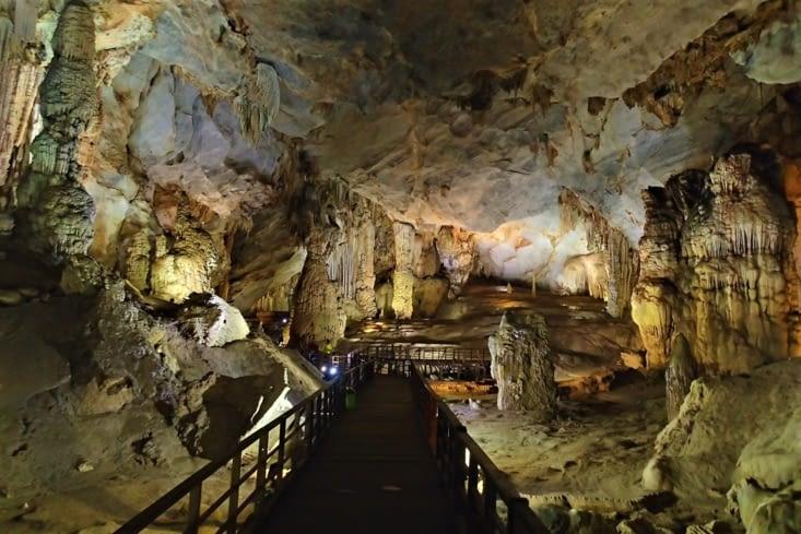 Pour les pauvres comme nous, la plus belle à faire est la grotte du Paradis !