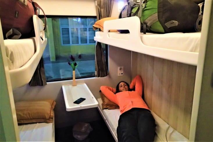 Départ de Tam Coc. Nouveau transport testé: train couchette. 10h de trajet nous attendent!