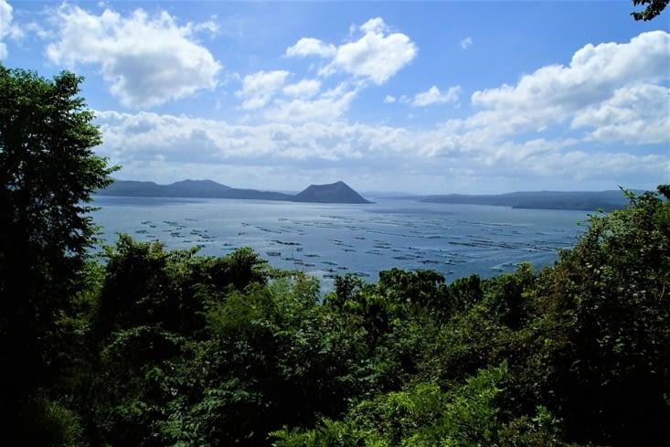 Avant d'atteindre Puerto Galera, on fait un stop au sud de l'île de Luzon à Tagaytay.