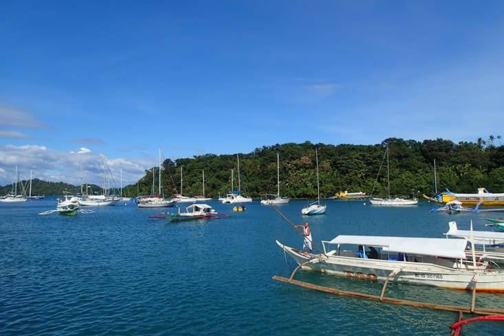 Changement de décor, direction la mer à Puerto Galera !