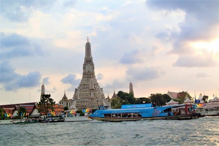 Le tout entrecoupé de nombreux temples et pagodes.