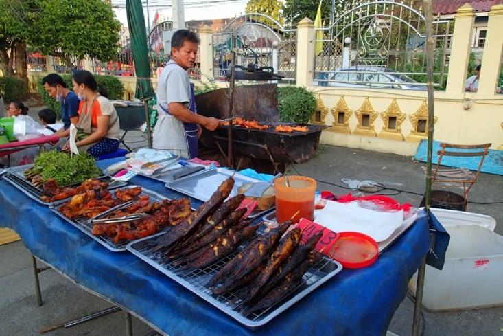 Voilà ce qui va nous manquer, la street food pas chère et trop bonne...