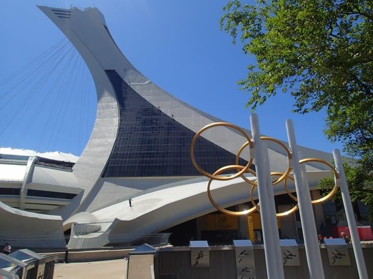 Parc olympique de 1976. A savoir, le Canada n'a gagné aucune médaille cette année là...