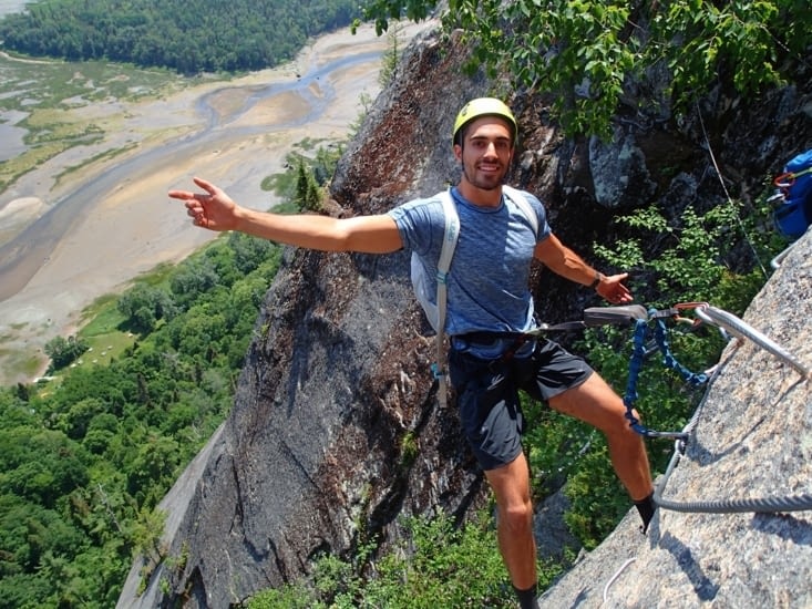 Se longer court à 350m de haut, même pas peur (ça c'est ce qu'il dit).