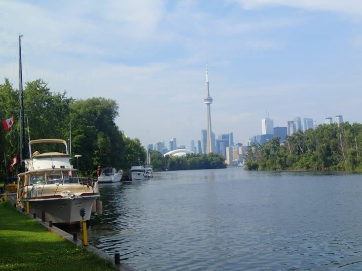 Petite balade sur l'île en face de Toronto. Un véritable bol d'air dans la ville.