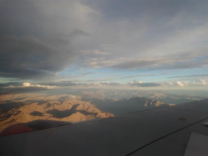 Arrivée impressionnante au milieu de la Cordillère des Andes.