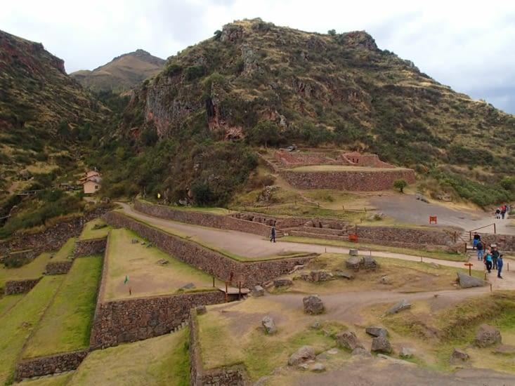 Le site avait 3 fonctions : constructions militaires, religieuses et agricoles,