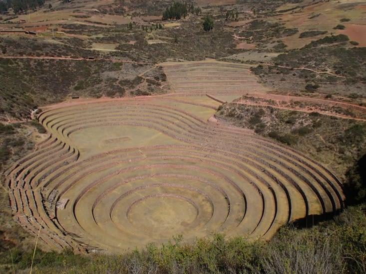 2ème étape : Moray. Ancien centre de recherche agricole inca situé à 3500 m d'altitude.