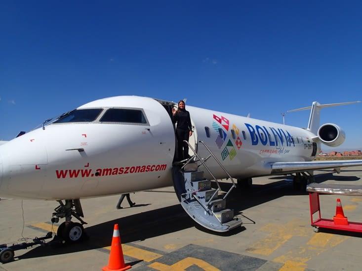 L'avion est tellement petit qu'on aurait presque l'impression de prendre un jet privé ;-)