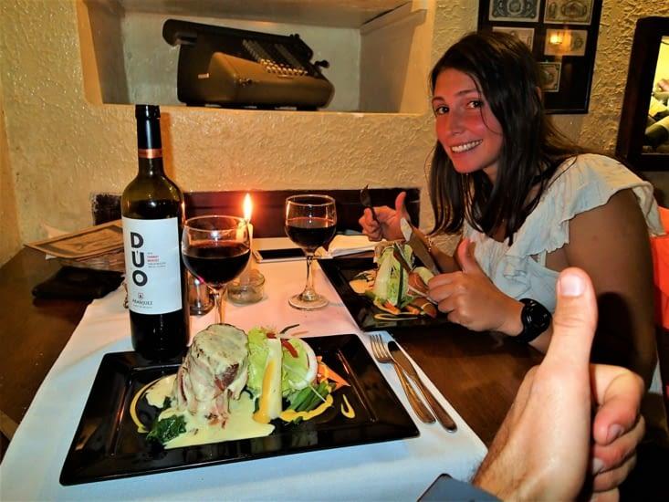 Enfin un vrai restaurant et français en prime ! Terrible et le vin rouge bolivien aussi !