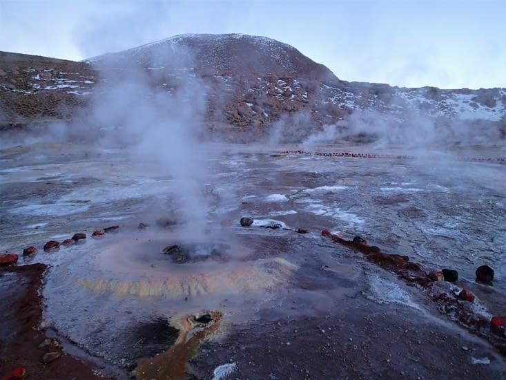 Le site des geysers d'El Tatio est le 3ème plus grand au monde par sa superficie (30km²).